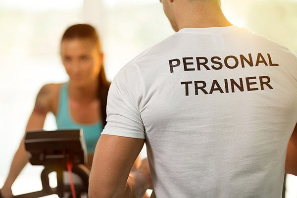 https://www.verybravo.com/wp-content/uploads/2019/12/personal-trainer.jpg